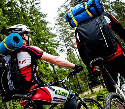 After a great day with outdoor activities you safely load the bikes on the bike rack and strap them firmly with FASTY straps.